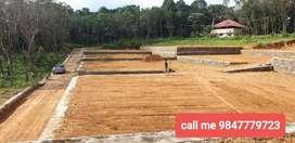 1st CLASS PLOTS BELOW 1 LAKH PER CENT