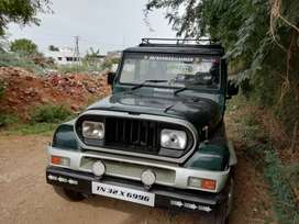 Well maintained Armada jeep 2000 model