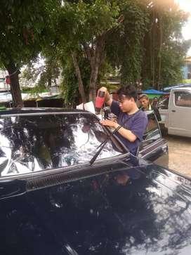 Jual kaca film mobil berikut pemasangan