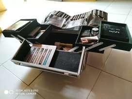 Make up set dan case