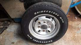 12 inch tyre with rim excellent condition