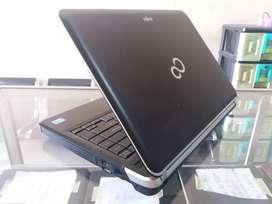 Laptop FUJITSU LH531 CI5-2430M Ram 4/500 Gb