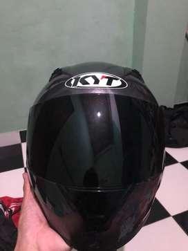 KYT fullface black