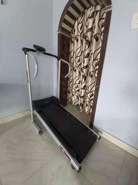 Manual treadmill Rs 5000