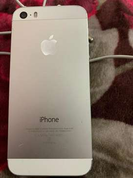 iphone 5s silver 16GB with bill and charger
