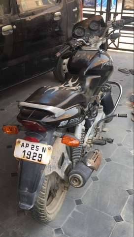 Pulsar with very good condition and not much used vehicle