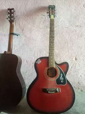 Guitar  good condition for sale 3000/-
