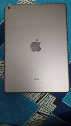 APPLE IPAD 6 GENERATION 32 GB IN VERY GOOD CONDITION