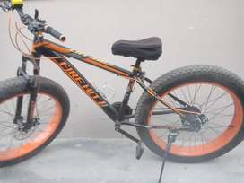 FIRE HIT FATBIKE FOR SALE  ONLY 6 MONTHS OLD