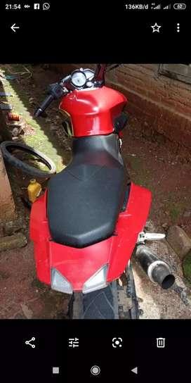 Kawasaki pulsar tenaga boleh di adu 200cc