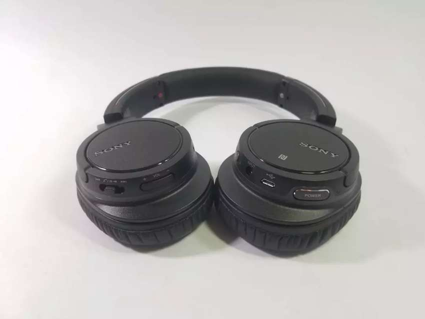 Sony MDR-ZX780DC Bluetooth and Noise Canceling Wireless Headphones 0
