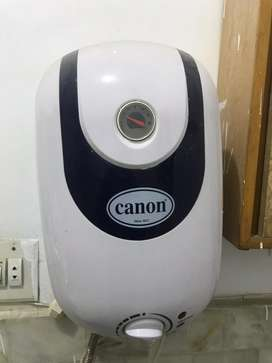 Canon instant Electric Geyser