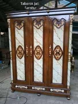 Lemari pakian pluru pintu 3, bahan kayu jati asli 100%