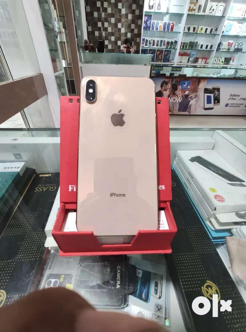 I phone X's max 256gb gold colour