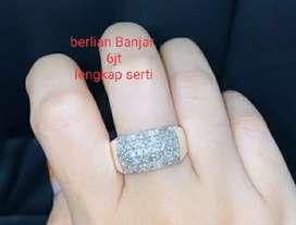Cincin berlian serti