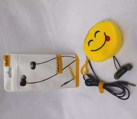 Headphone realme with emoji pocket