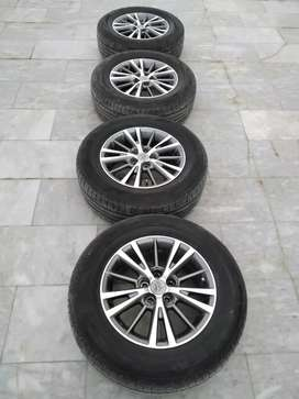 Corolla Alloy Rims with Tyres 15 inch 215/65R15 , 5 Nuts