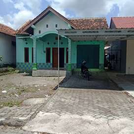 Dikontrakan rumah  kt 2 km 1 murah di timur jogjabay maguwo
