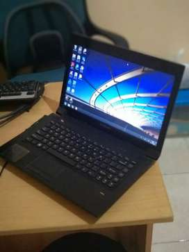 Laptop Lenovo b475