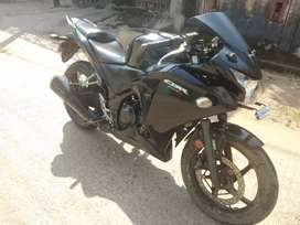 CBR 250R black colour