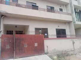 E 11 Prime loaction 3 bedroom ground portion available for rent