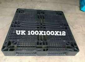 Pallet plastik uk 100x100x12 ready