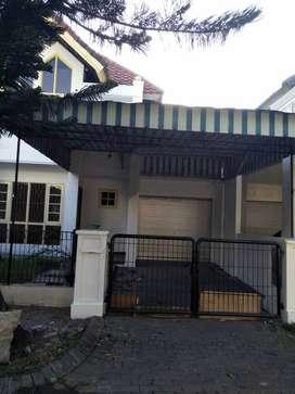 Dijual Rumah Vila Valensia
