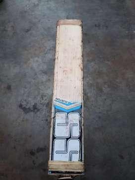 Cricket bat size 6( under16)