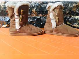 Genuine Cowhide Leather Long Snow Boots with 100% real fur (UK)