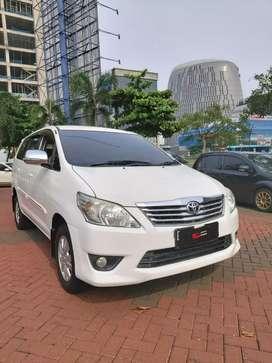 Toyota grand innova 2.0 at full orisinil