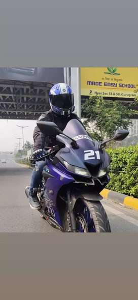 YAMAHA R15 V3 FULLY LOADED WITH ACCESSORIES