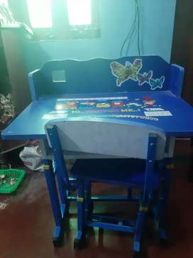 Table and Chair for sell