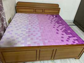 6*6 double bed with sirhana