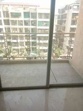 Ulwe - 1 Bhk in sector 20 - ready possession tower near Rail Station