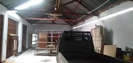 Rumah Gudang Dikontrakkan 300 m² (Jalan Utama) Pondok Grogol Sukoharjo