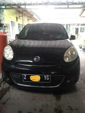 Di Jual Mobil Nissan March 2011 matik