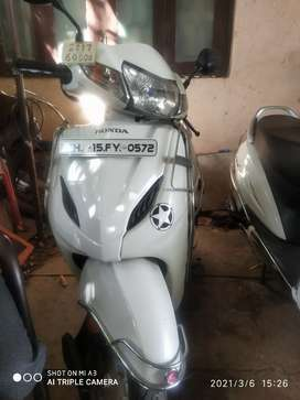 Want to sell activa 5 g. 2018. .4g 2017