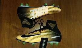 Sepatu Bola Nike Mercurial Veloce III