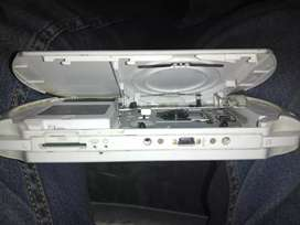 PSP E1004  (Play Station Portable)