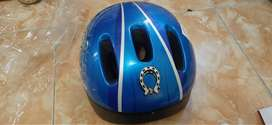 Helm sepeda Polygon warna biru size L (52-56)