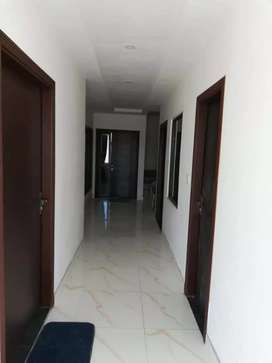 Luxury apartment available on rent