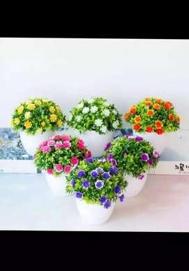 Bunga tanaman artificial dan pot plastik 2pcs
