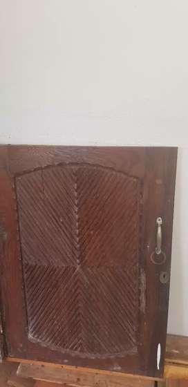 Redwood door ,( ഈട്ടി)