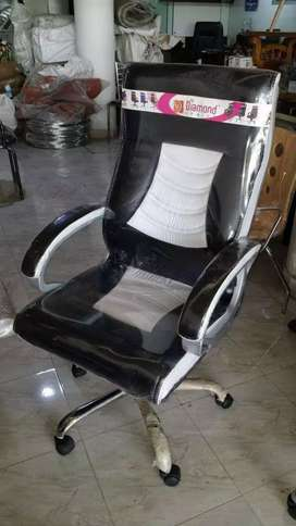 Brand New Office executive chair ( free transport all over Tamil Nadu)