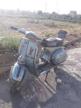 vespa super 77 point