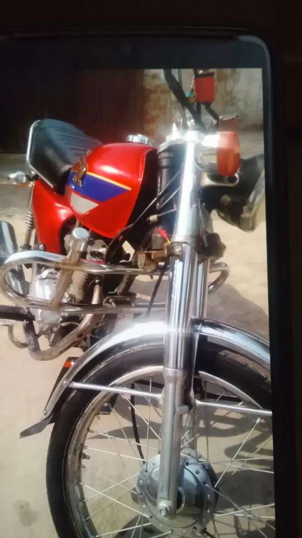 Honda 125 total genuine. Reconditioned. Exchange possible with 125 any 0