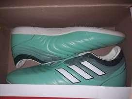Sepatu futsal Adidas Copa nego