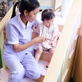 Dicari tenaga kerja untuk merawat 2 orang anak , menginap,