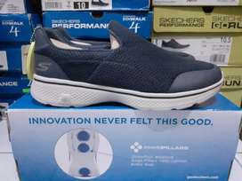 Skechers GO Walk Incredible