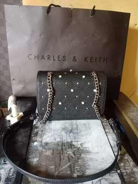 tas Charles & Keith Ori